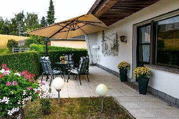 Terrasse mit Überdachungsmöglichkeit